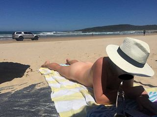 aussie girl at the beach nude