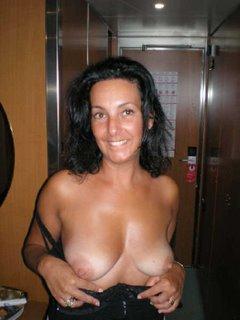 cruise nude