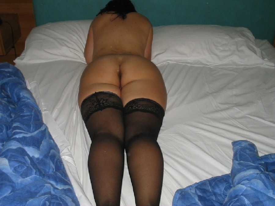 Amateur Nude Italian Girlfriend Posting Pics
