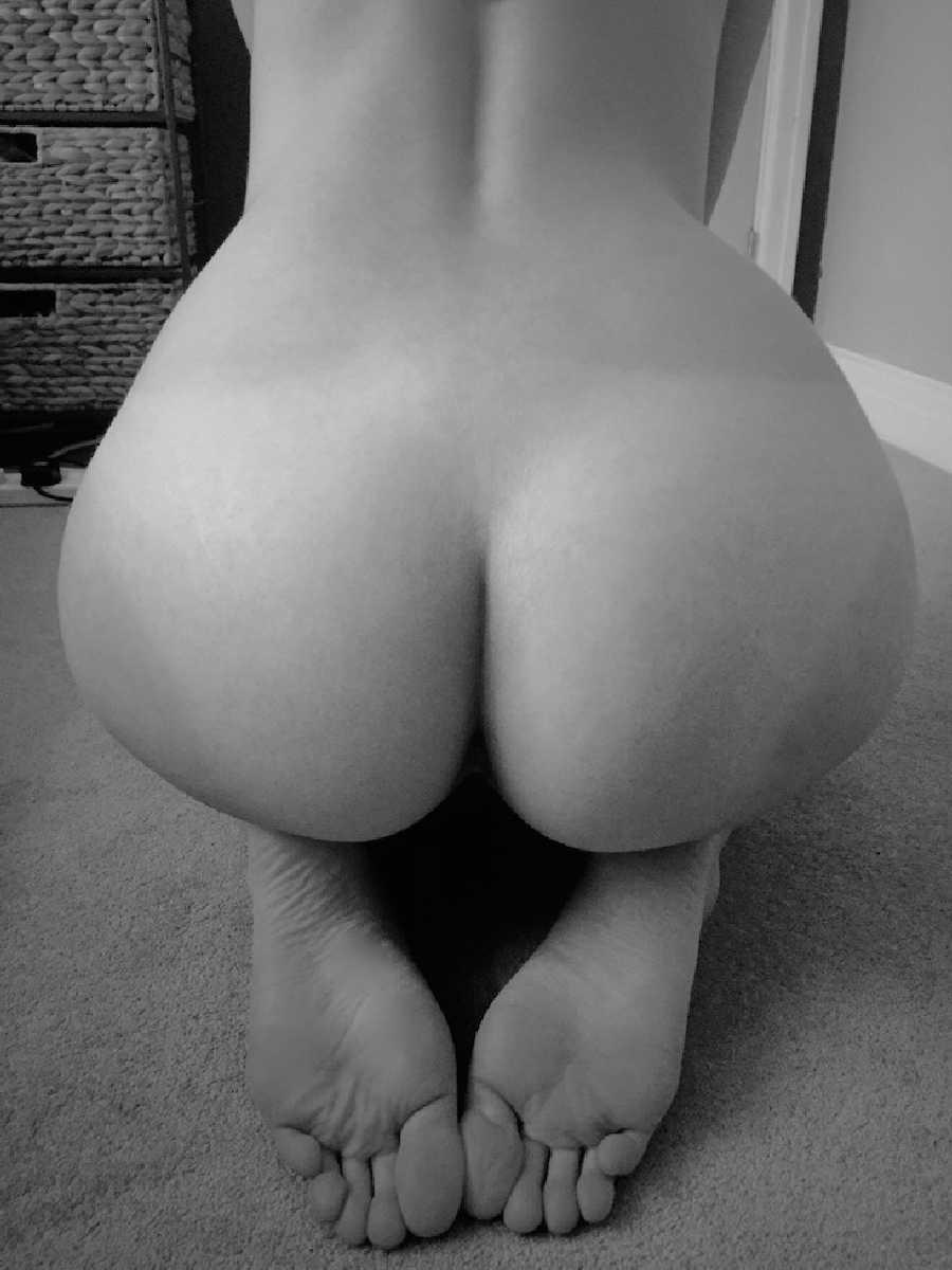 Showing Her Ass