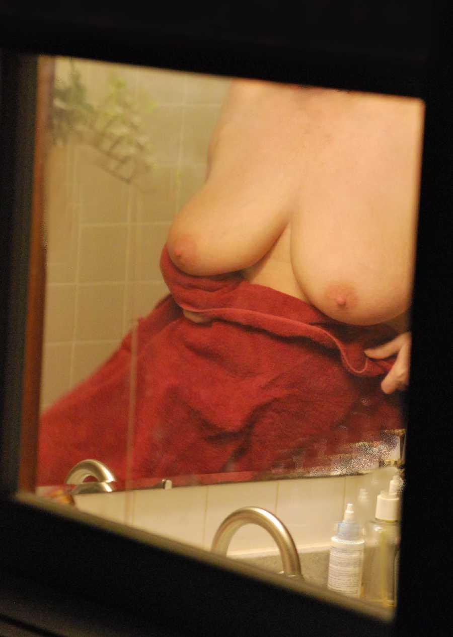 Wife Nude - Boobs Pics