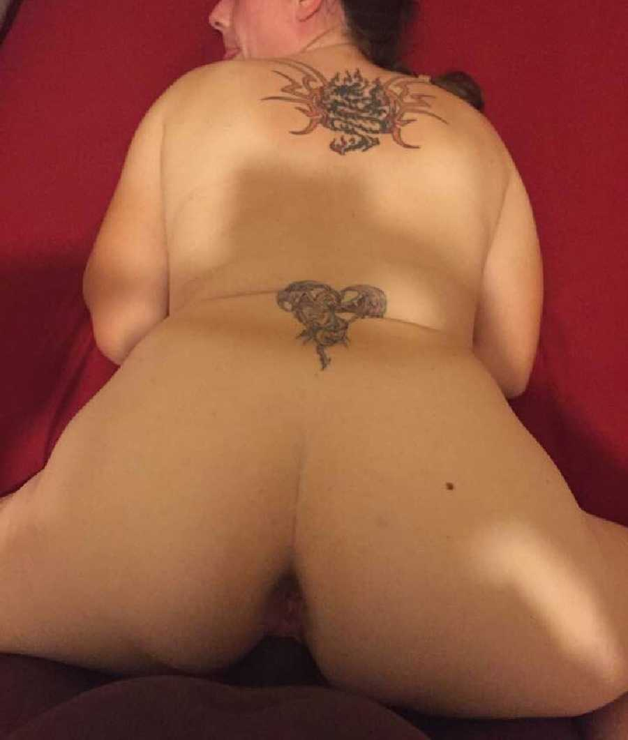 Elizabeth Naked