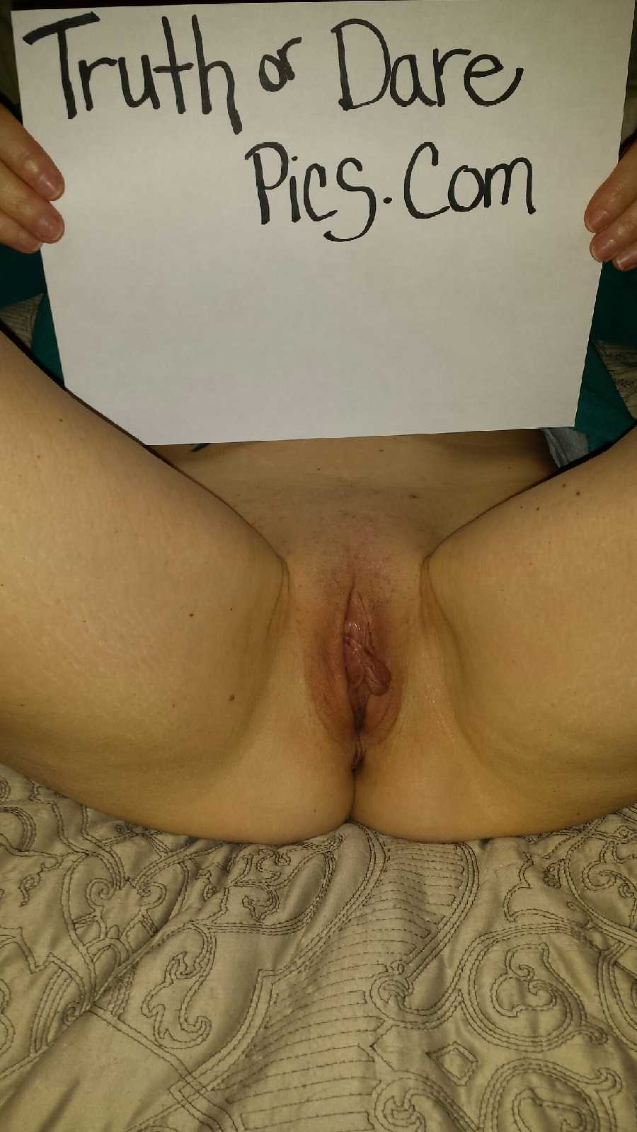 Nude MILF Pussy