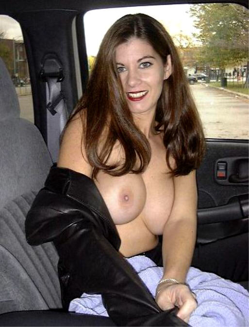 Car Sex - MILF