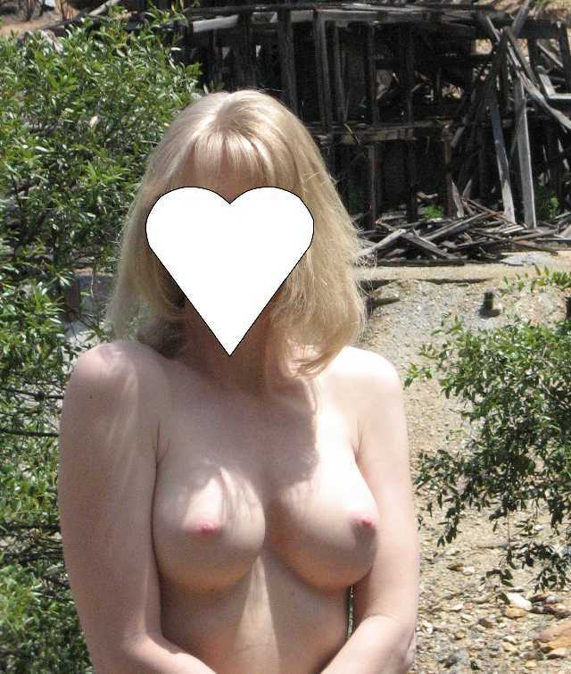 Flashing Wife