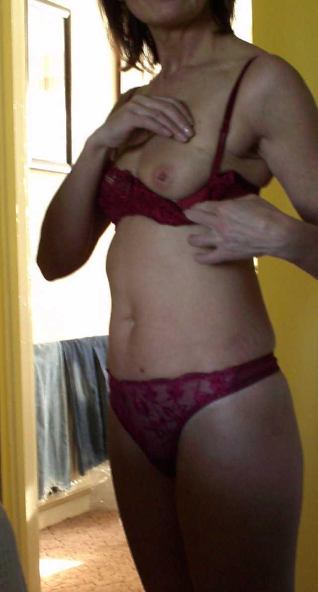 Shaz Flashing in Underwear