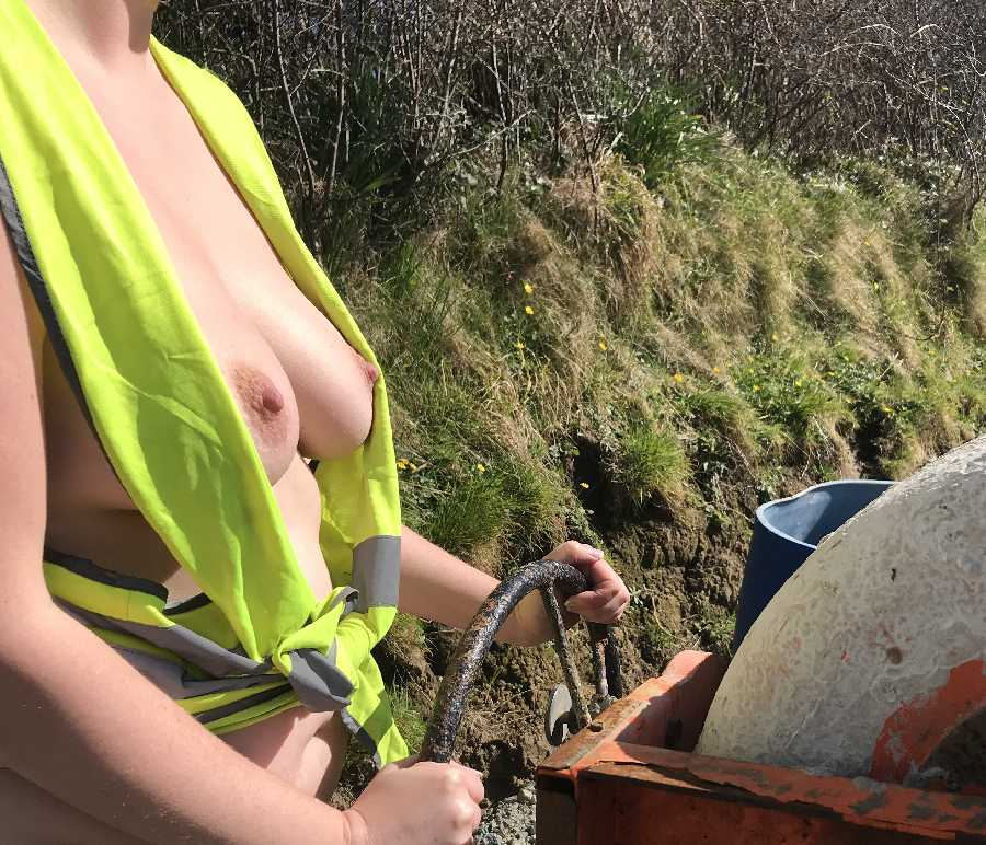 Naked at the Construction Site!