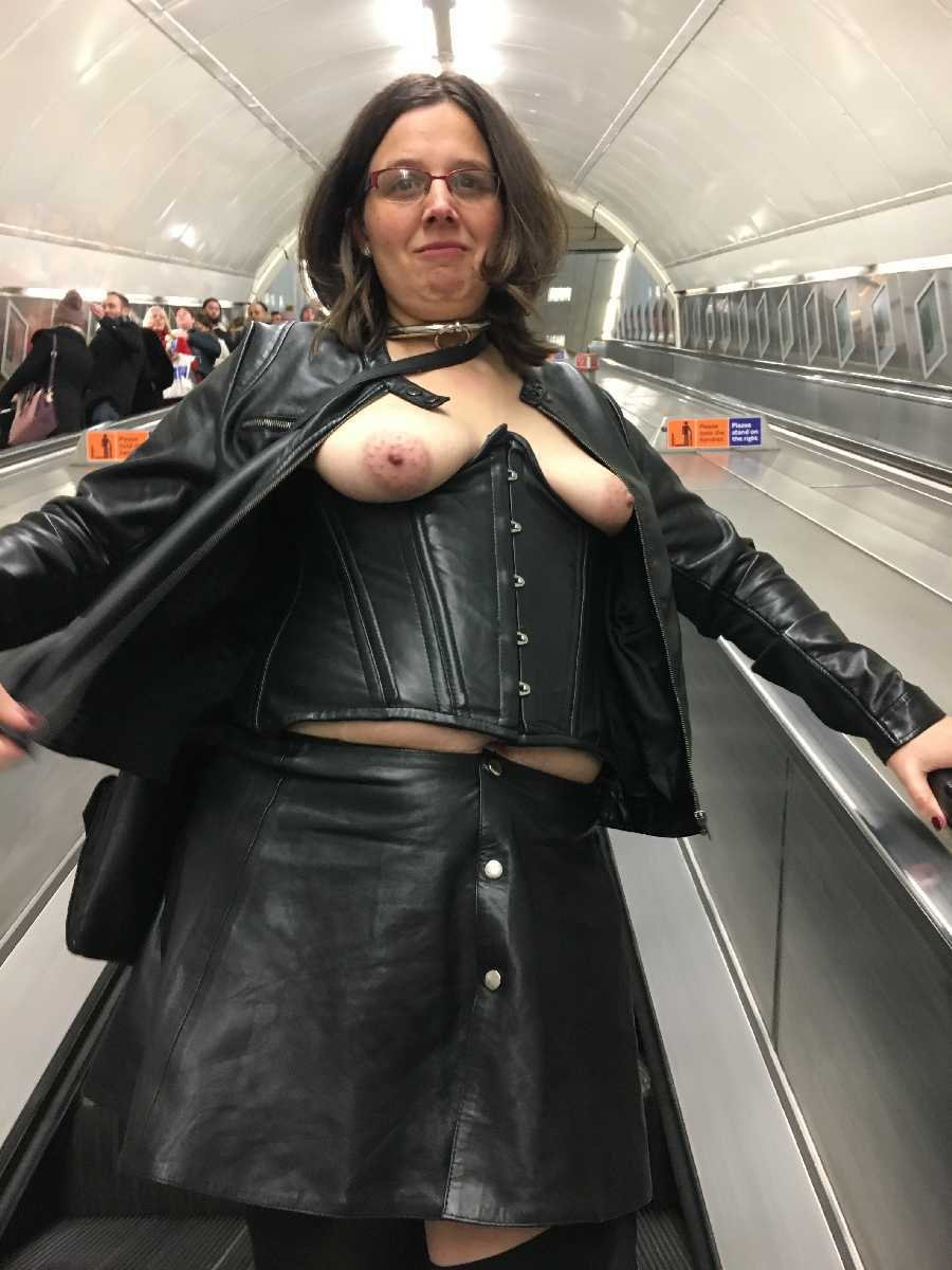 Flashing in the London Tube/Subway