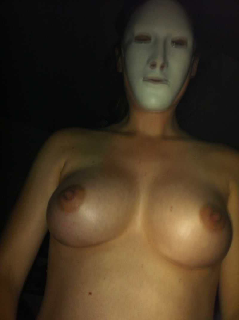 Naked with Mask