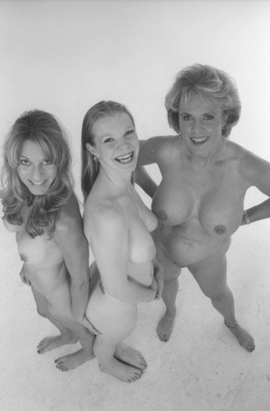 Grandmother and daughters nude — 13