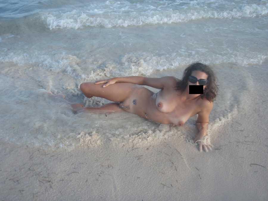 Latinas porn vogue offers awesome latina free porn page