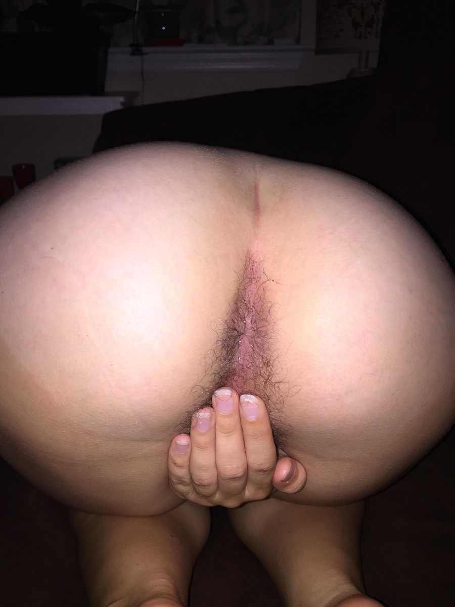 Her Lovely Natural Bottom