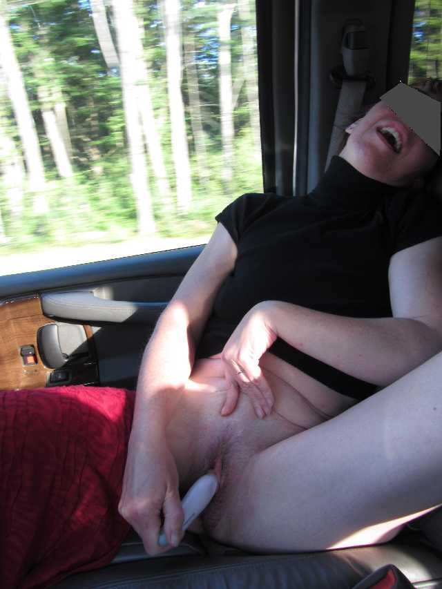 nude-truckers-wife