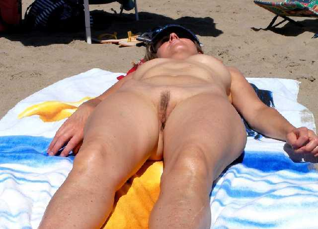 Pussy squirt nude sunbathing wifes sexy