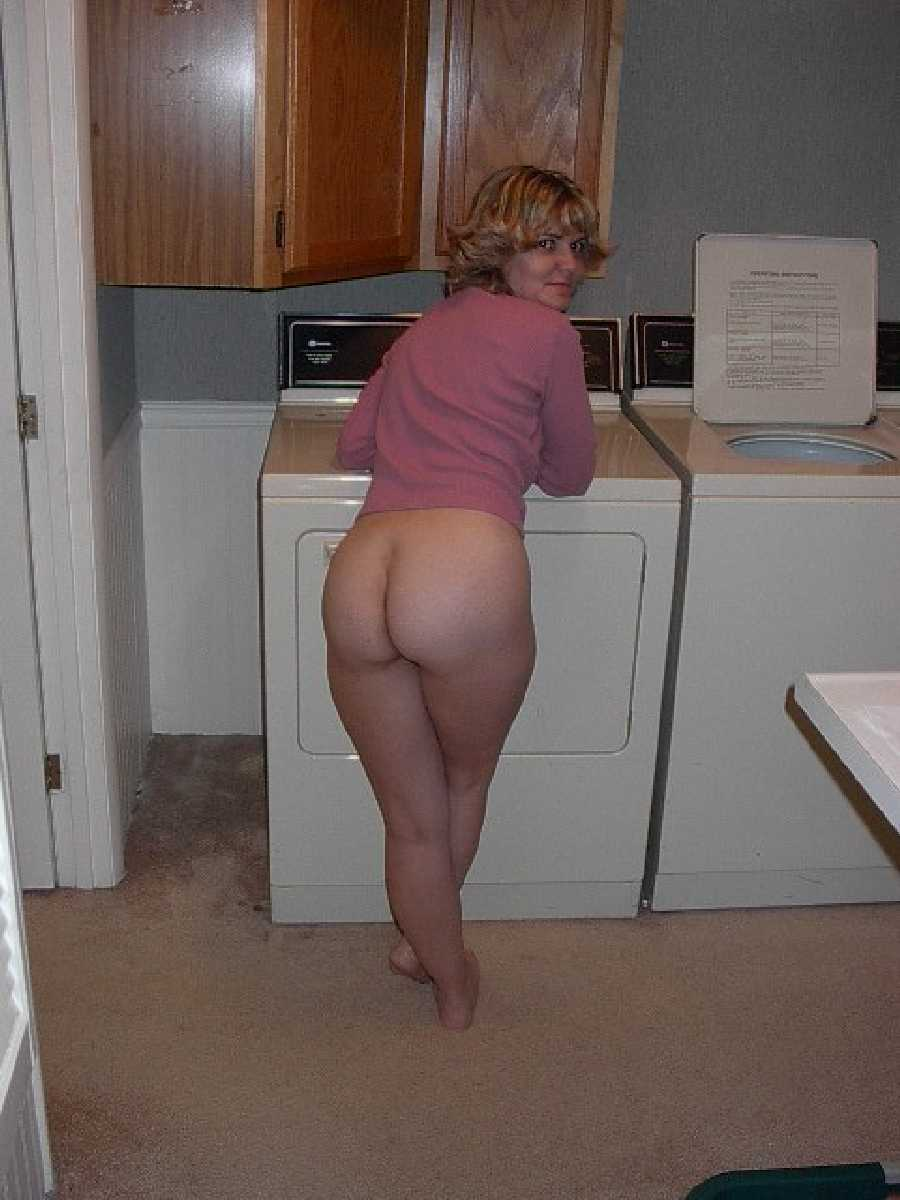 Horny Housewife