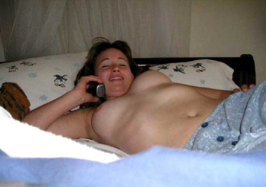 Girl On the Phone Nude