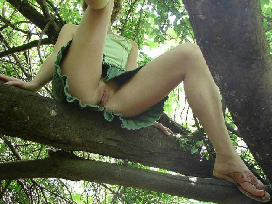 Flashing Pussy In Woods