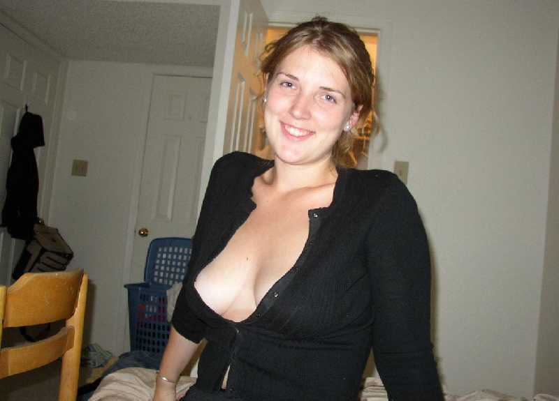 Wife show off boobs at bar
