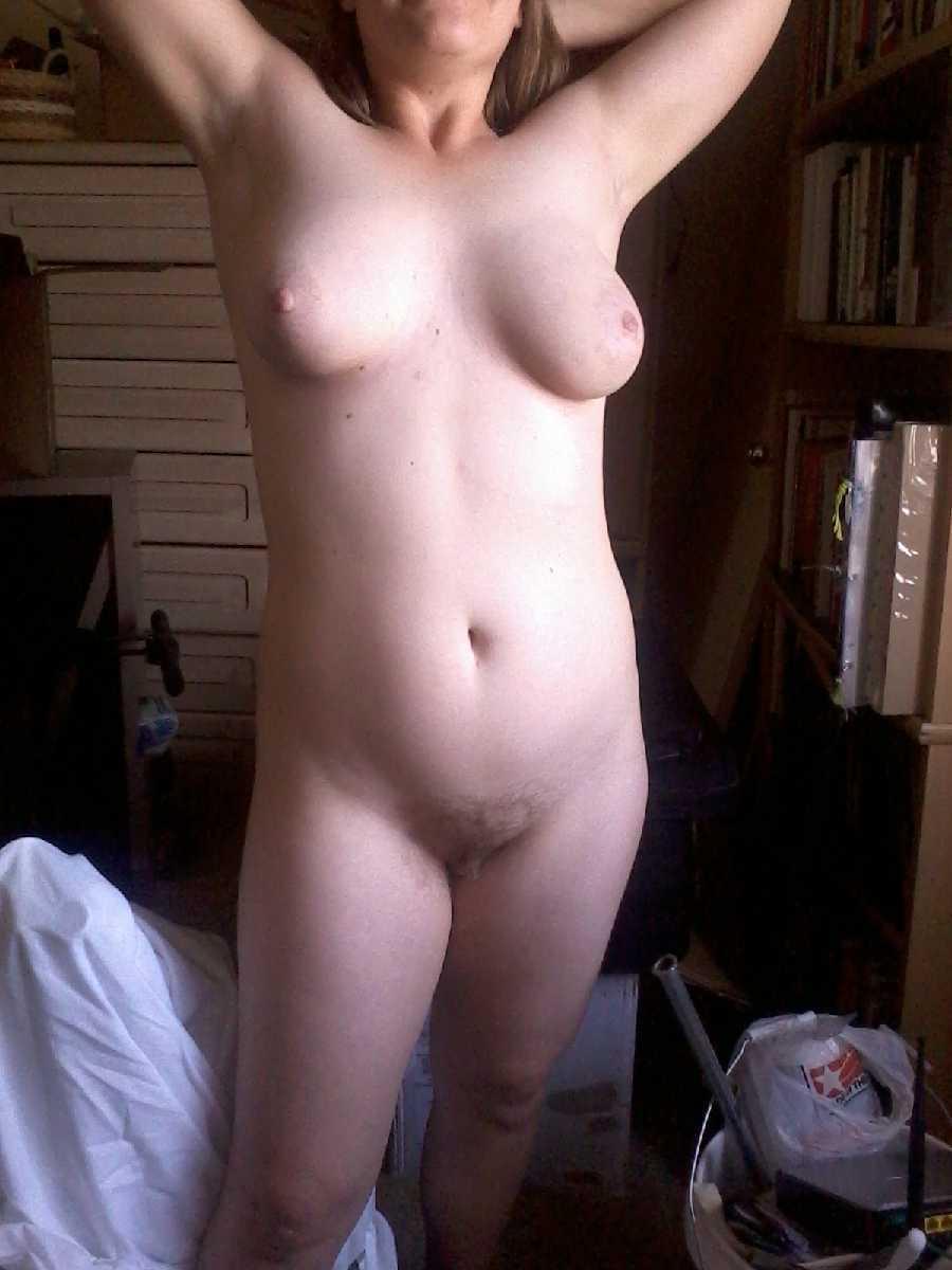 Hot Deserthottiewithabody Yahoo More Of Naked Wife