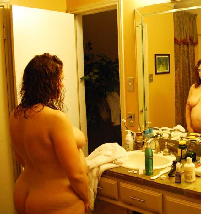 Nude Pregnant Wife