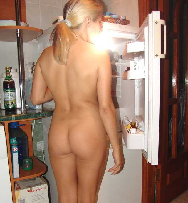 Wife walking around house naked porn