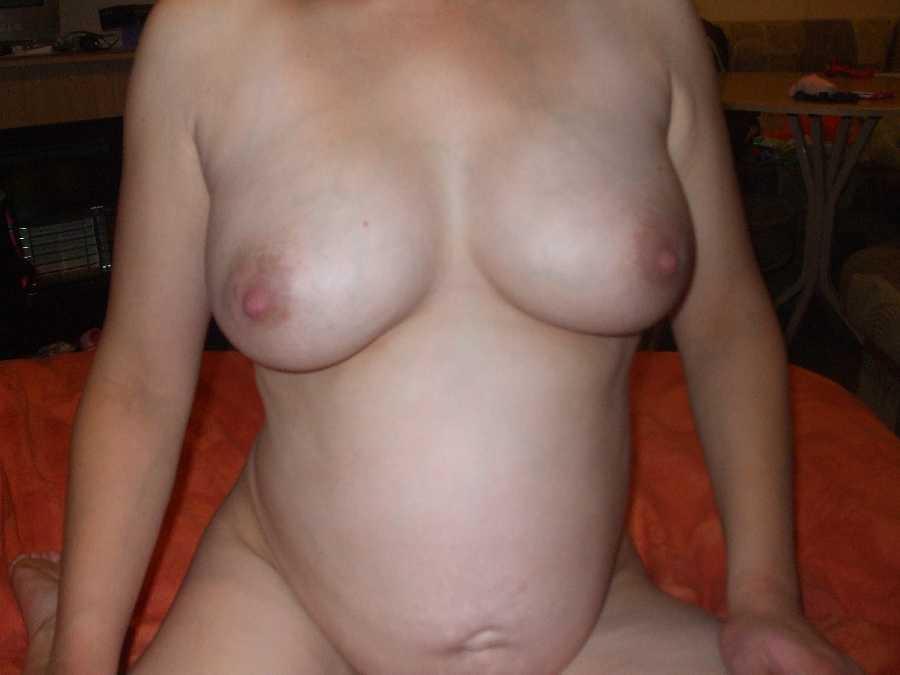 Amateur mature threesome sex