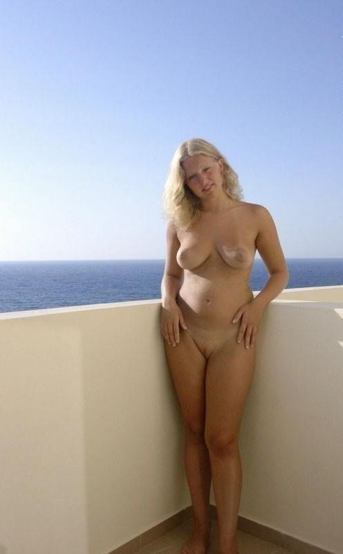 Naked nude girlfriend on holiday female