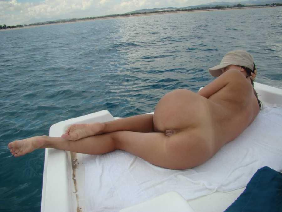 Large women s nipples