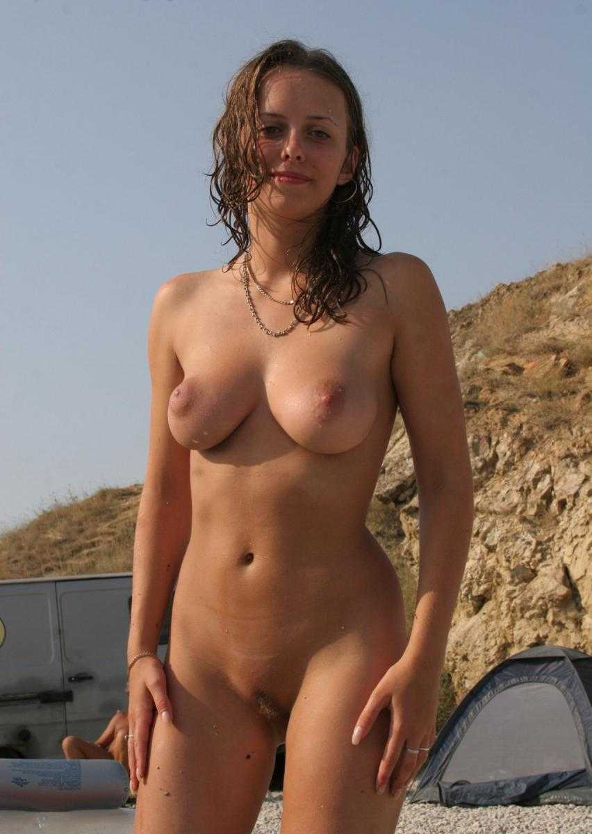 Hot toppless girl