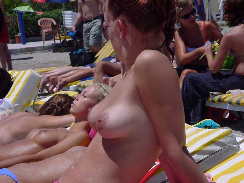 college-girls-nude-resort