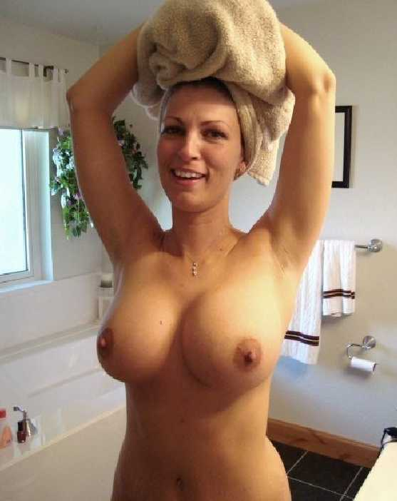 Naked milfs with big boobs
