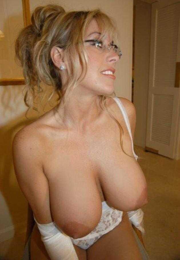 Nude comilf tits