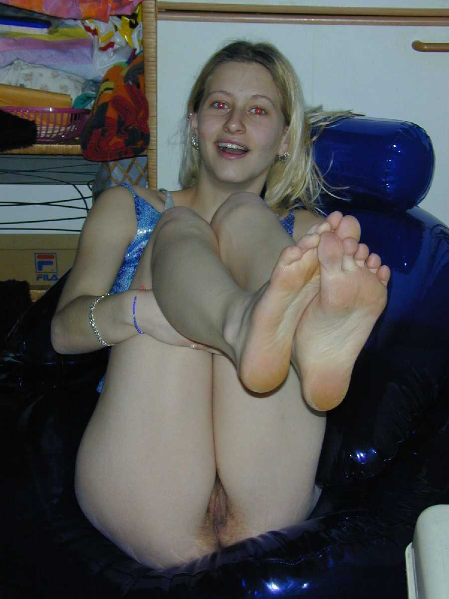 True blond nudist
