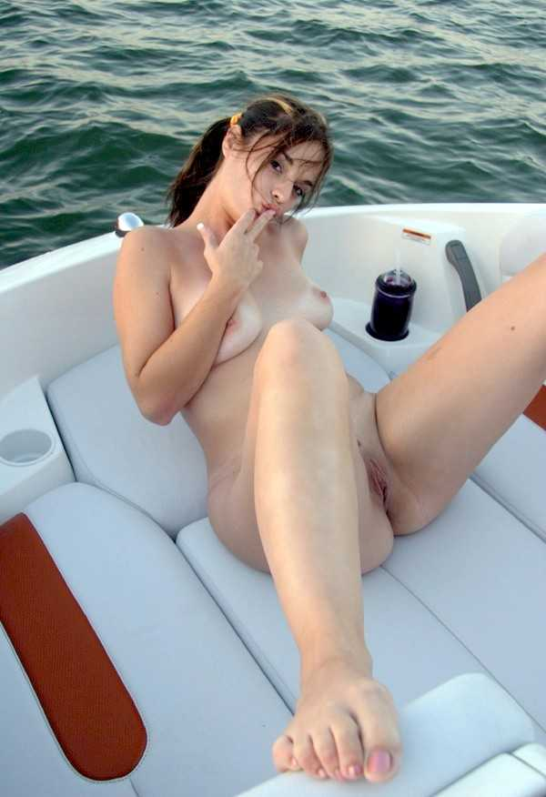 Young girlfreind nude on boat twink cumshot videos