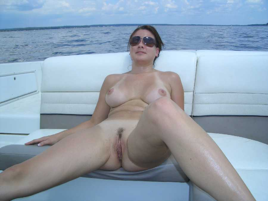 Nude women sailing