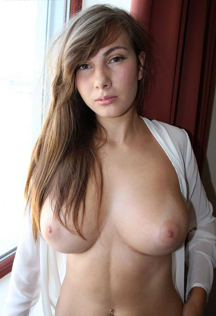 Horny amatures boob