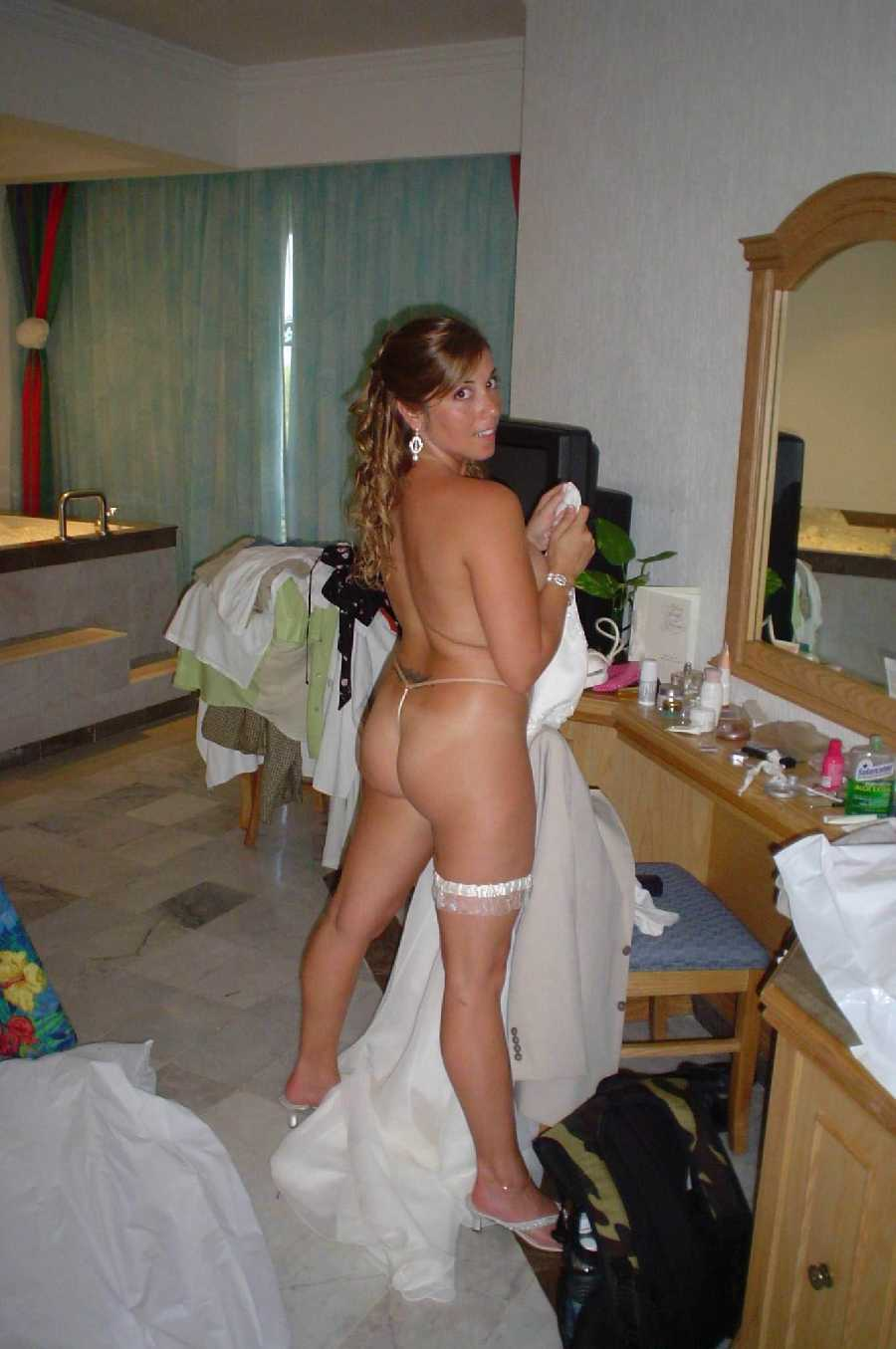 hot brides flashing - amateur girls naked