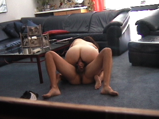 Brunettes in interracial action