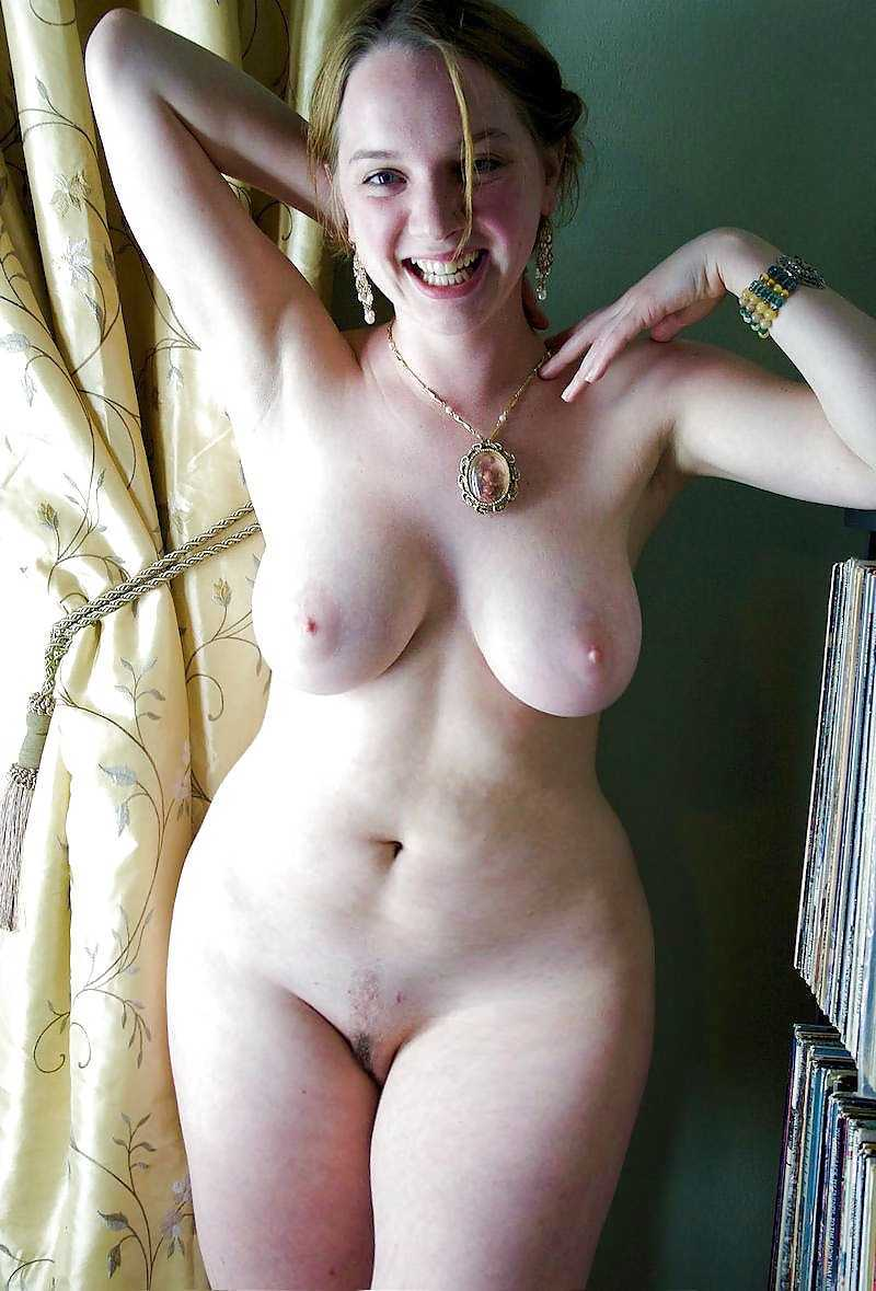 Naked Curvy Girls