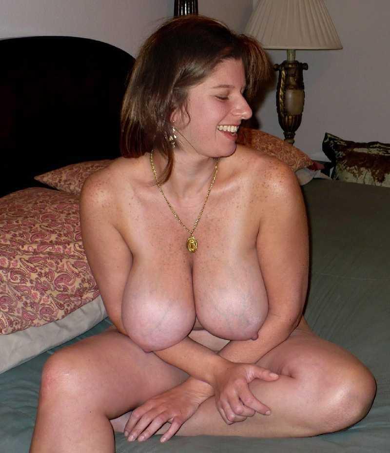 Hot sexy lesbian babes