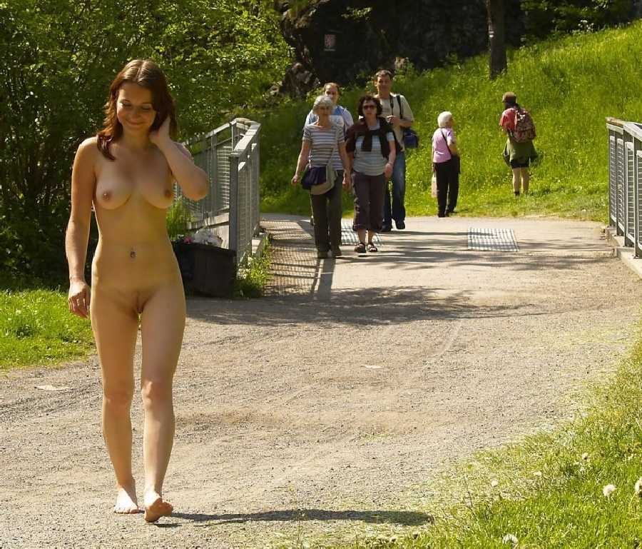 Exhibitionist movie pic woman