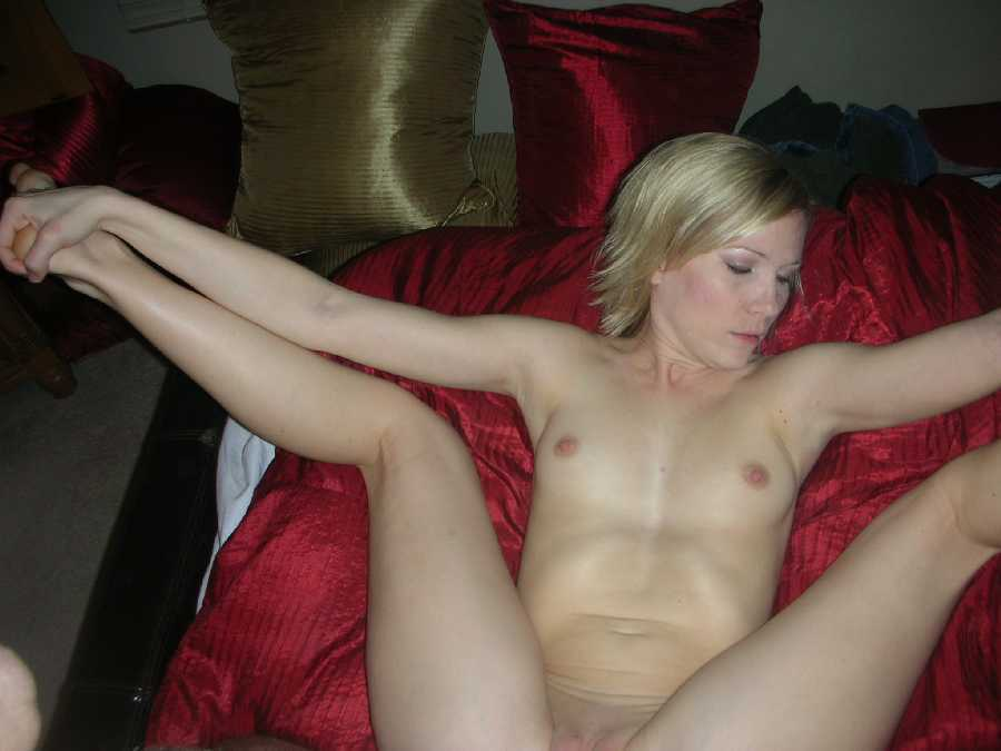 Very young girl fuck galleries