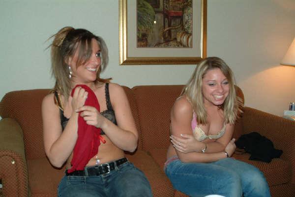 Milf stripping games