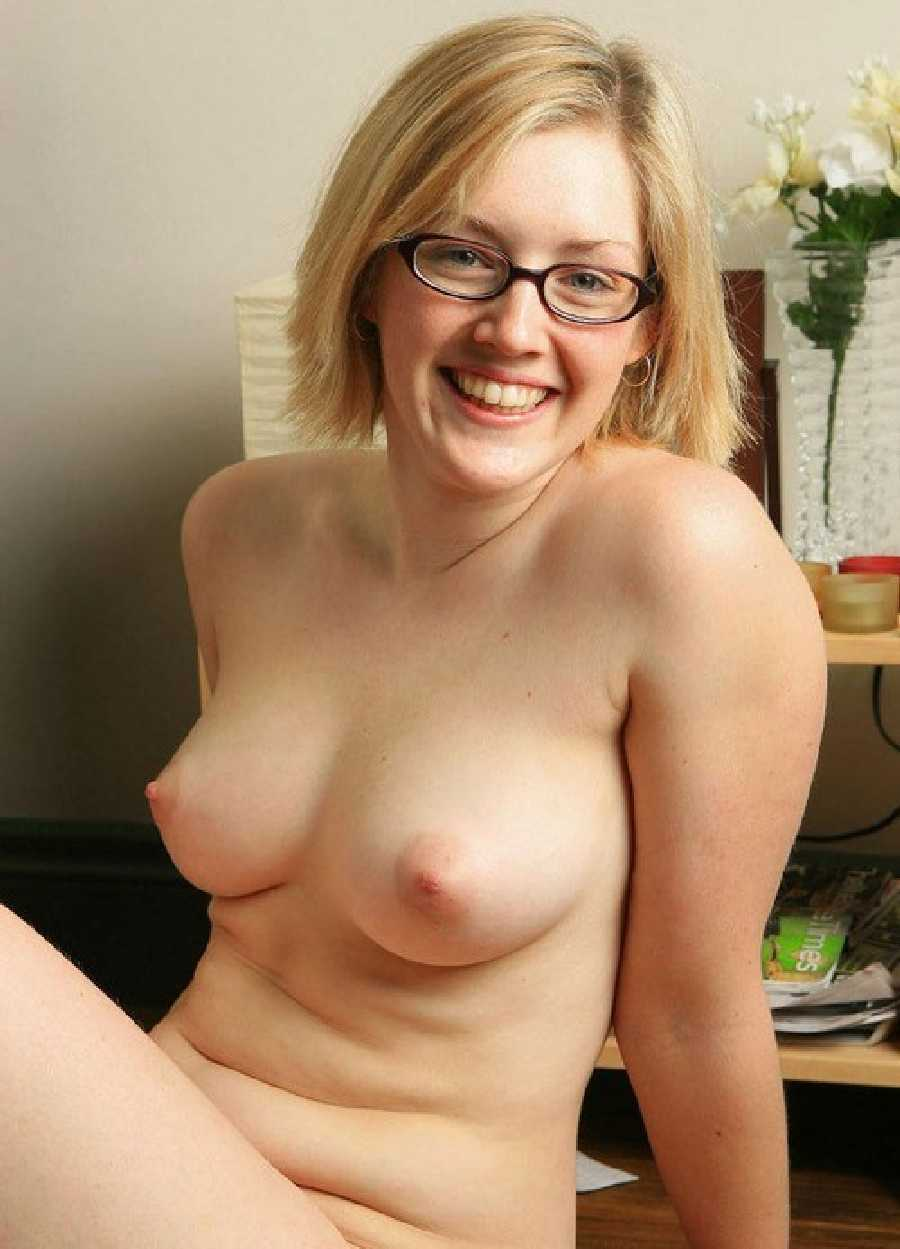 Ladies wearing glasses nude