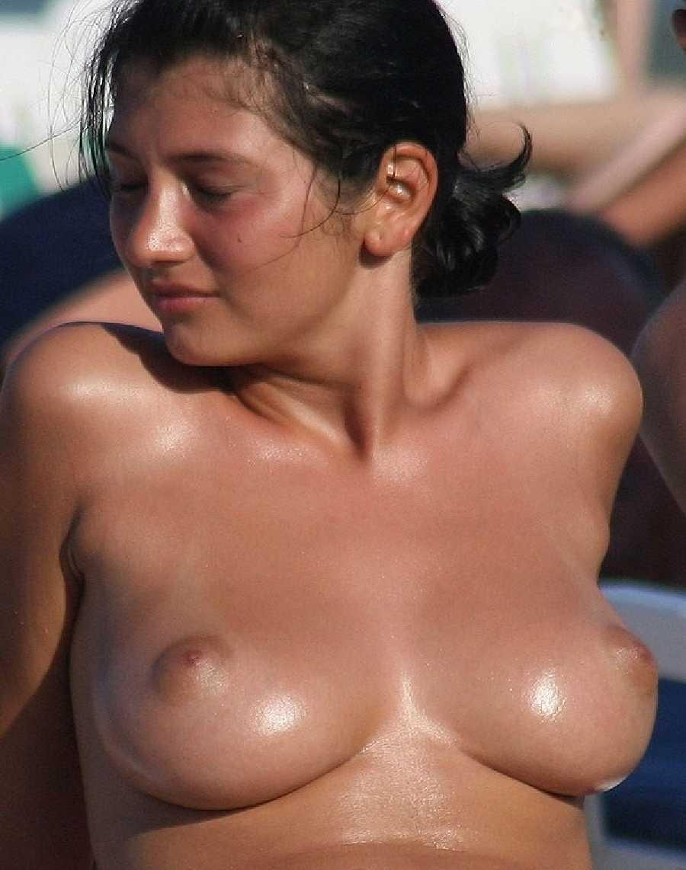nude-girls-of-australia-tan-redhead-boobs