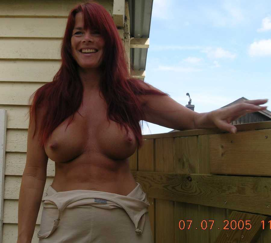 Local beautiful milf nude