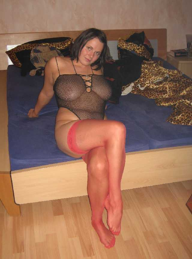 Older women looking for milf