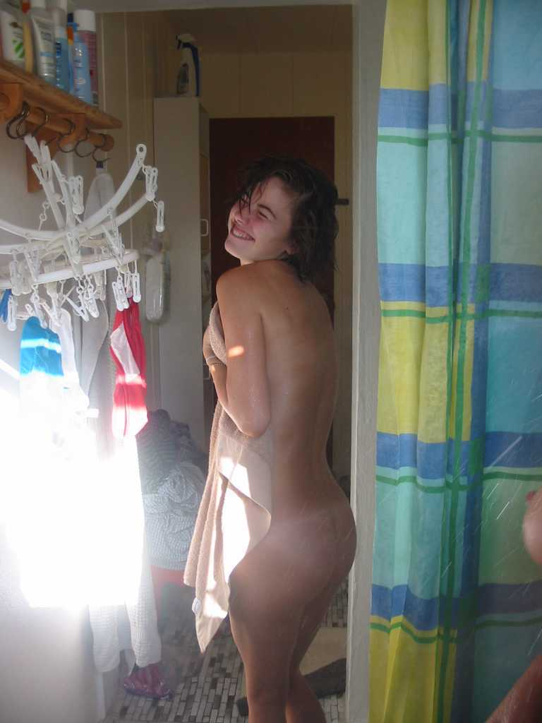 Ladies naked butt