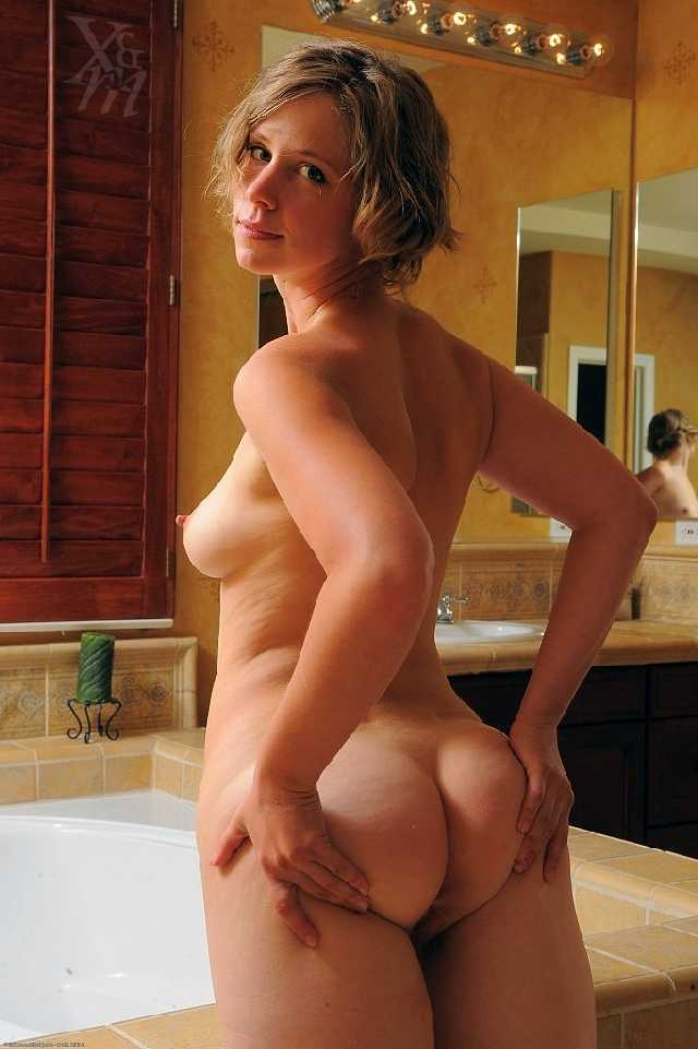 Nude pretty big women milf mature doubt. Completely share