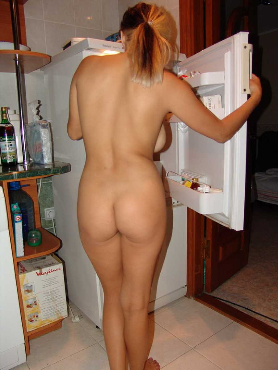 Nudes sister in kitchen images 9